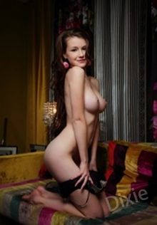 Dixie Wattsville Escort in Caerphilly